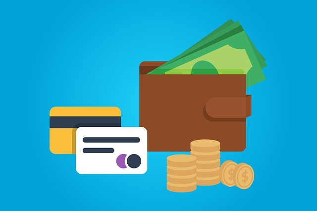 karty, peníze a peněženka.jpg