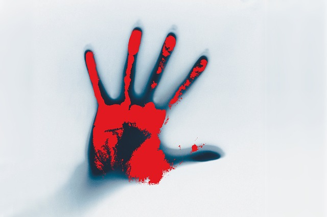 červená ruka