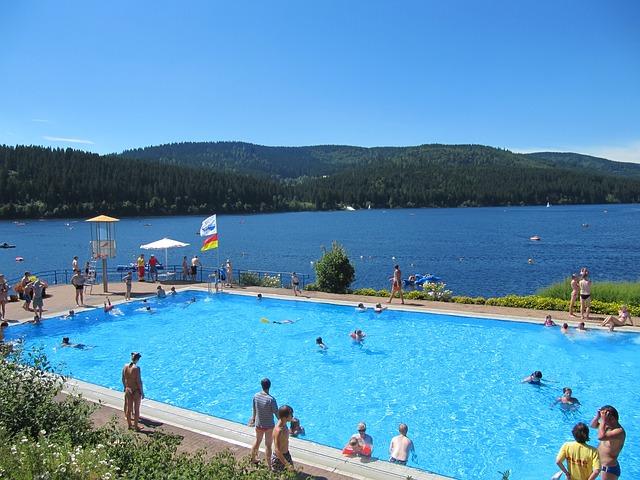 bazén u jezera