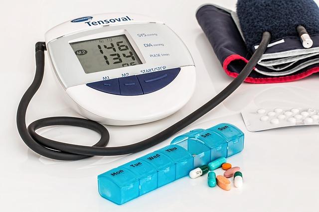 měření tlaku a léky